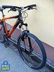 Edzőtársa Ghost montenbike-ját szintén elvitték.